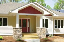 Ranch Exterior - Front Elevation Plan #939-8