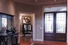 Traditional Interior - Entry Plan #46-671