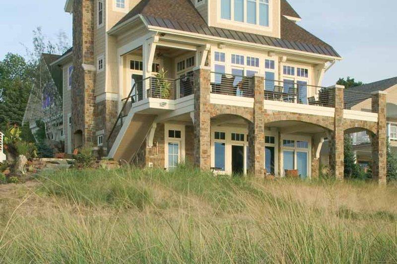 Traditional Exterior - Rear Elevation Plan #928-95 - Houseplans.com