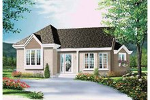 House Plan Design - Bungalow Exterior - Front Elevation Plan #23-2357