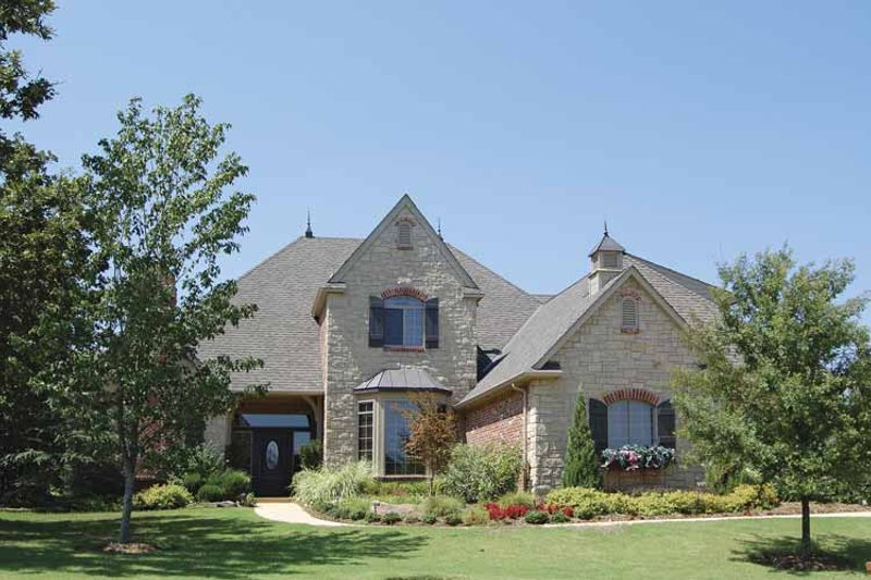 Dream House Plan - Country Exterior - Front Elevation Plan #310-1090