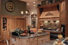 Mediterranean Interior - Kitchen Plan #417-557