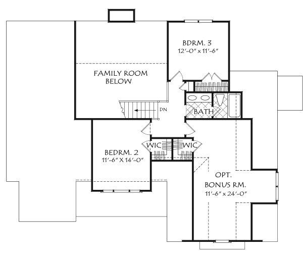 Farmhouse Floor Plan - Upper Floor Plan Plan #927-1004