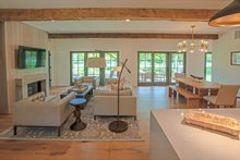 Craftsman Interior - Family Room Plan #901-138