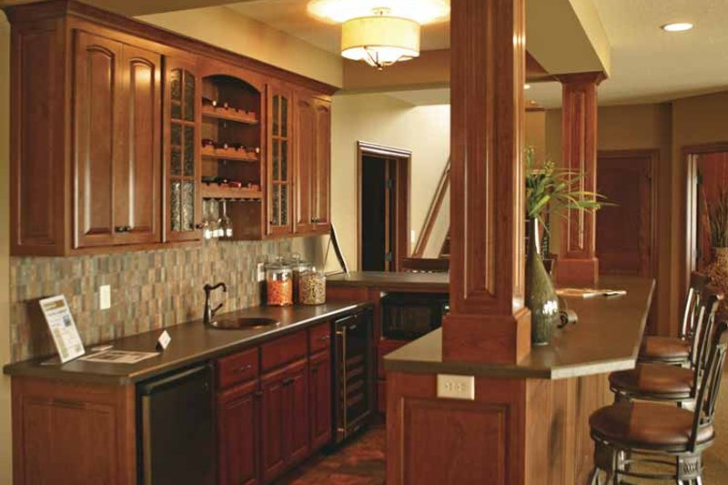 Traditional Interior - Other Plan #320-990 - Houseplans.com