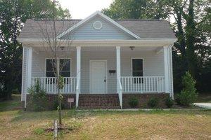 Craftsman Exterior - Front Elevation Plan #936-17
