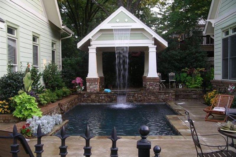 Craftsman Photo Plan #120-160 - Houseplans.com