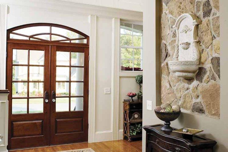 Country Interior - Entry Plan #929-678 - Houseplans.com