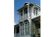 Beach Style House Plan - 4 Beds 5 Baths 3056 Sq/Ft Plan #443-10