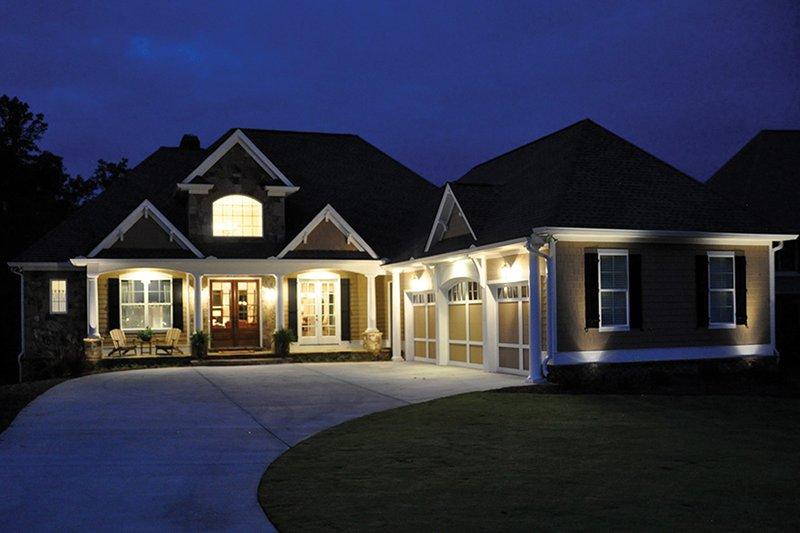 Craftsman Exterior - Front Elevation Plan #437-69 - Houseplans.com