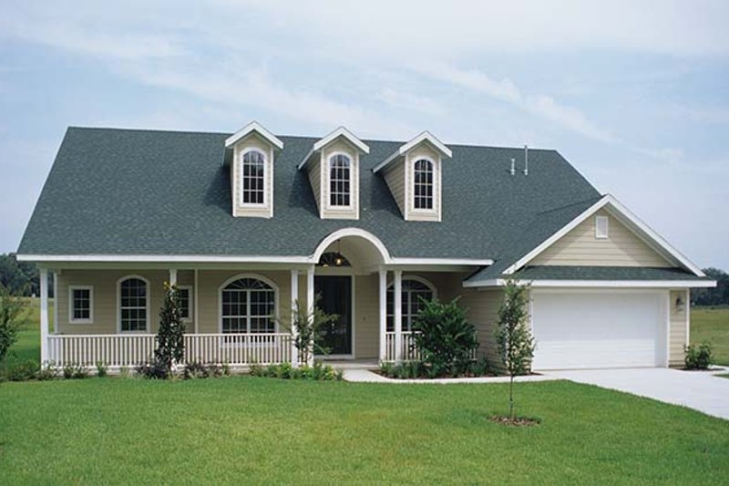 House Plan Design - Ranch Exterior - Front Elevation Plan #417-648