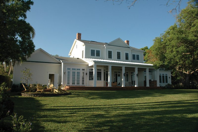 Colonial Exterior - Rear Elevation Plan #1058-9 - Houseplans.com