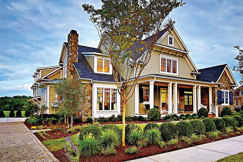 Craftsman Exterior - Front Elevation Plan #927-5 - Houseplans.com