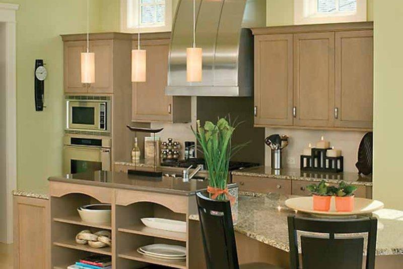 Traditional Interior - Kitchen Plan #928-95 - Houseplans.com
