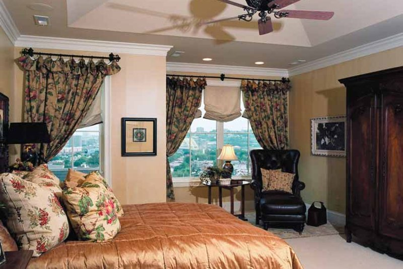 Mediterranean Interior - Bedroom Plan #46-758 - Houseplans.com