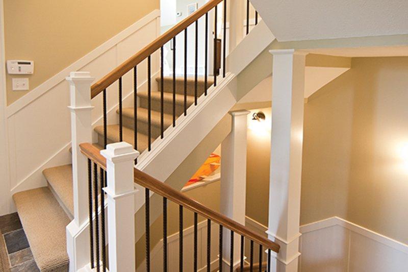 Contemporary Interior - Entry Plan #928-274 - Houseplans.com