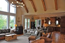 Craftsman Interior - Family Room Plan #437-69