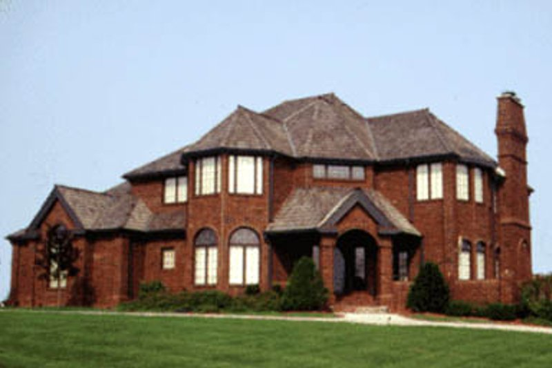 European Style House Plan - 4 Beds 2.5 Baths 3407 Sq/Ft Plan #20-1124 Exterior - Front Elevation