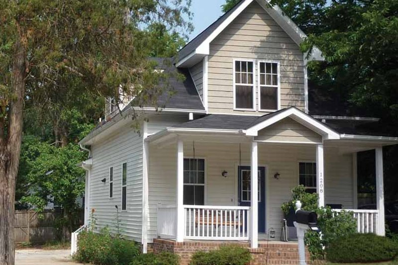 House Plan Design - Craftsman Exterior - Front Elevation Plan #936-5