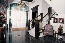 House Plan Design - Mediterranean Interior - Entry Plan #47-875