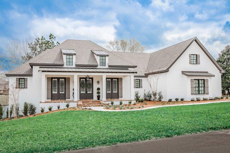 House Plan Design - European Exterior - Front Elevation Plan #430-192