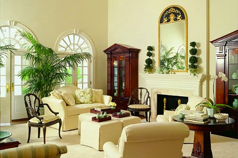 Colonial Interior - Family Room Plan #137-230 - Houseplans.com