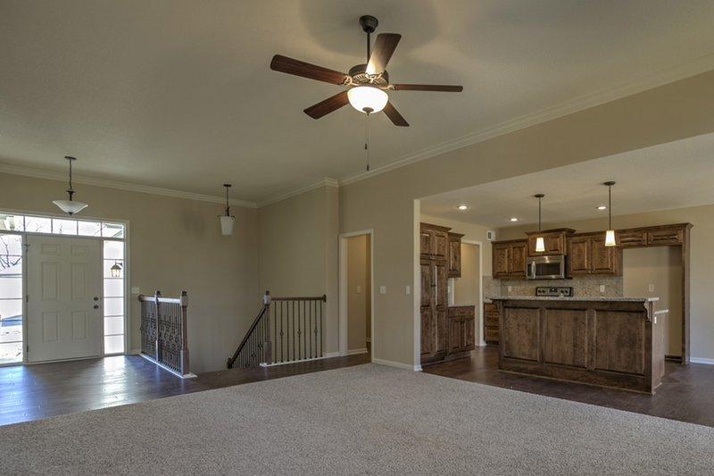 Ranch Interior - Family Room Plan #20-1869 - Houseplans.com