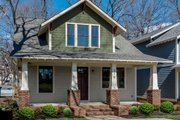 Craftsman Style House Plan - 4 Beds 3.5 Baths 2255 Sq/Ft Plan #461-66 Exterior - Front Elevation