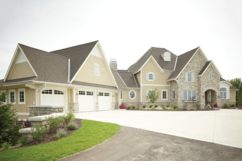 European Style House Plan - 4 Beds 3.5 Baths 5977 Sq/Ft Plan #928-8 Exterior - Front Elevation