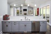 Prairie Style House Plan - 3 Beds 2.5 Baths 2115 Sq/Ft Plan #929-1001