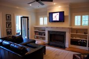 Craftsman Style House Plan - 4 Beds 3 Baths 2680 Sq/Ft Plan #461-36 Interior - Family Room