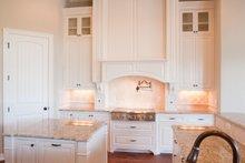 House Design - Craftsman Interior - Kitchen Plan #120-172