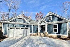 House Design - Craftsman Exterior - Front Elevation Plan #437-114