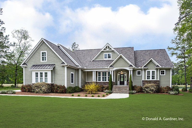 House Design - Ranch Exterior - Front Elevation Plan #929-1005
