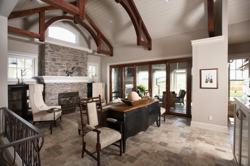 Craftsman Interior - Family Room Plan #70-1040 - Houseplans.com