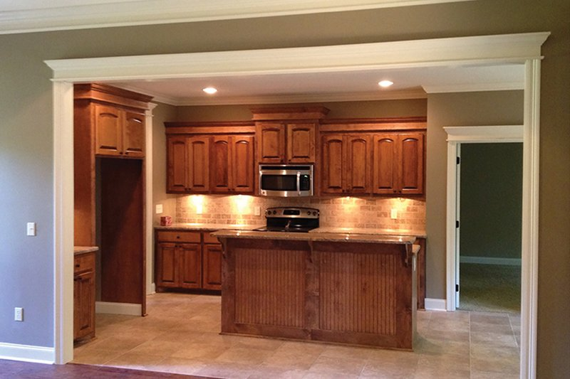 Ranch Interior - Kitchen Plan #430-59 - Houseplans.com