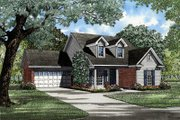 Traditional Style House Plan - 3 Beds 2 Baths 1425 Sq/Ft Plan #17-196 Exterior - Front Elevation