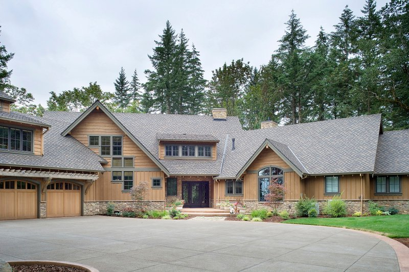 Craftsman Style House Plan - 5 Beds 5.5 Baths 5250 Sq/Ft Plan #48-466 Exterior - Front Elevation