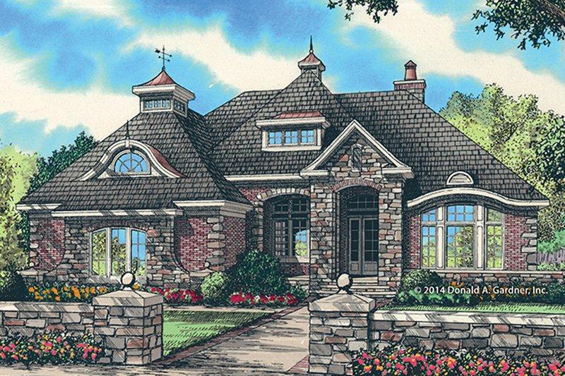 House Plan Design - European Exterior - Front Elevation Plan #929-987