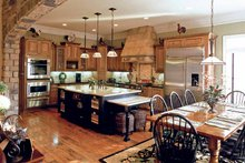 Home Plan - Colonial Interior - Kitchen Plan #927-923