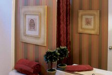 Home Plan - Classical Interior - Bathroom Plan #927-655