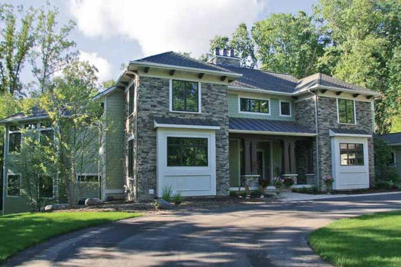 Traditional Exterior - Front Elevation Plan #928-116 - Houseplans.com
