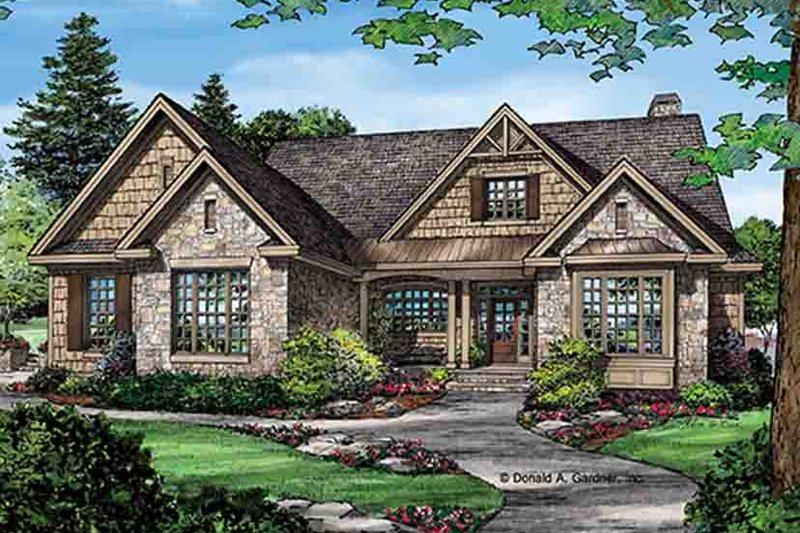 Dream House Plan - Craftsman Exterior - Front Elevation Plan #929-972