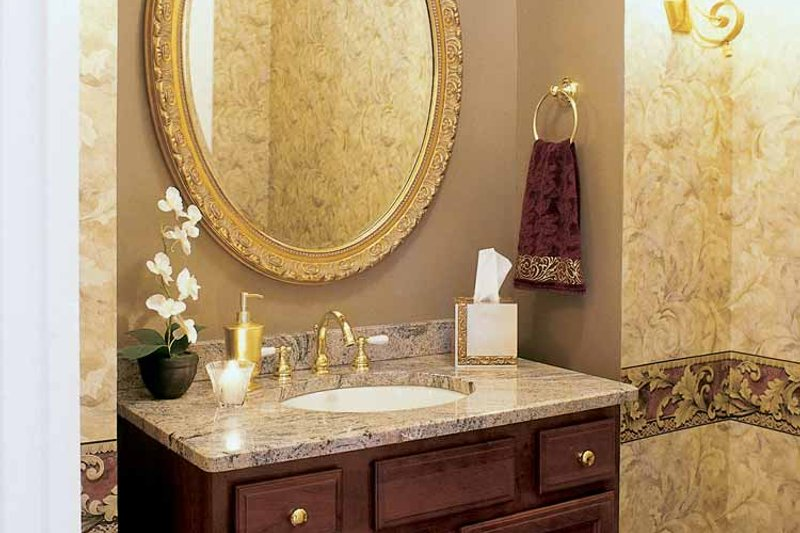 Colonial Interior - Bathroom Plan #927-174 - Houseplans.com