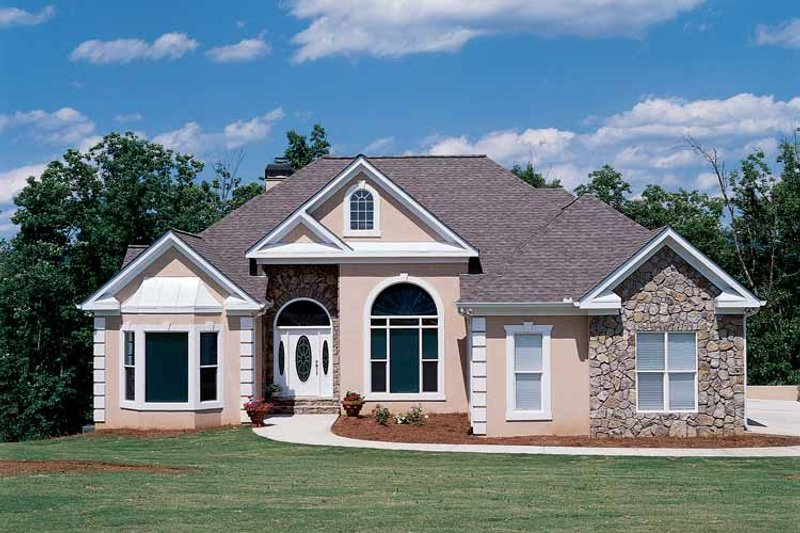 Country Exterior - Front Elevation Plan #927-67