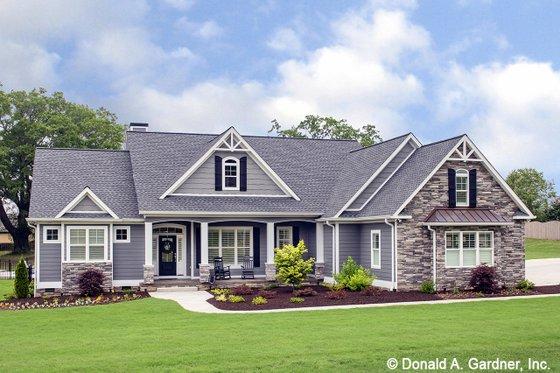 Craftsman Exterior - Front Elevation Plan #929-1025