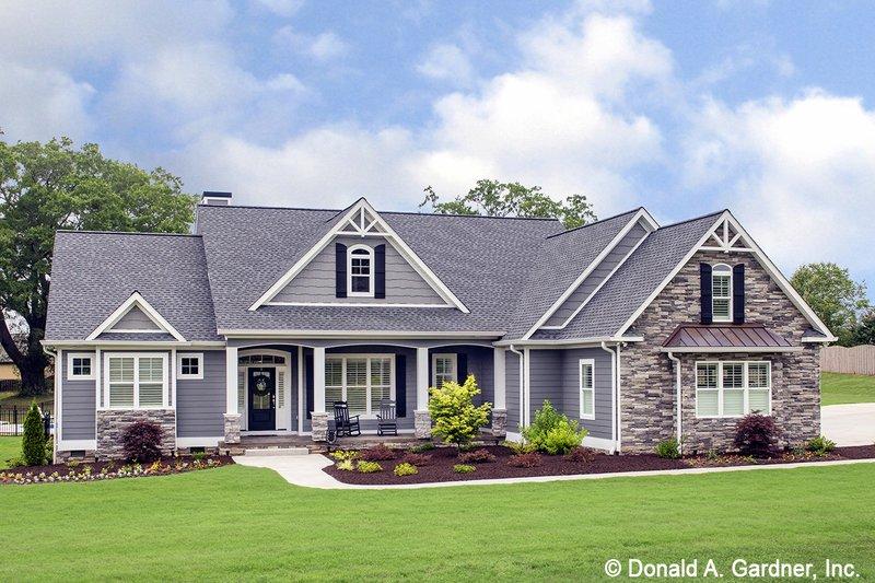 House Plan Design - Craftsman Exterior - Front Elevation Plan #929-1025