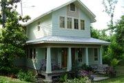 Craftsman Style House Plan - 4 Beds 3.5 Baths 2538 Sq/Ft Plan #536-7