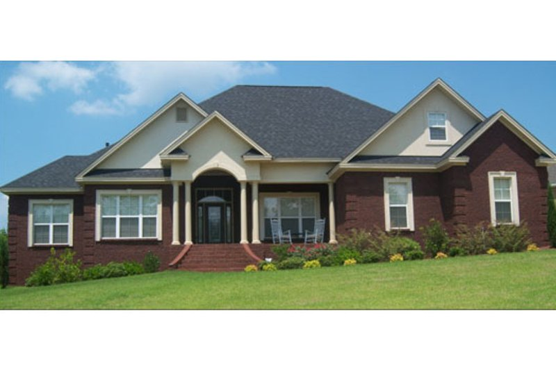 Architectural House Design - Traditional Exterior - Front Elevation Plan #63-197