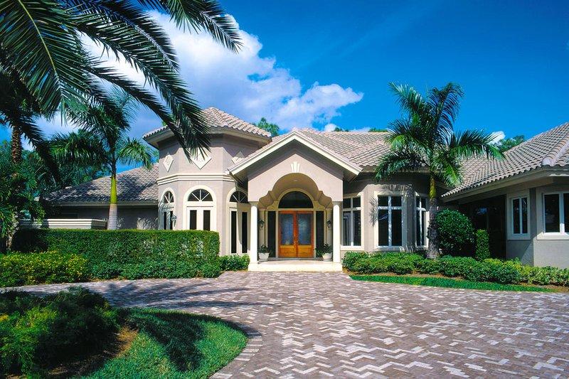 House Plan Design - Mediterranean Exterior - Front Elevation Plan #930-100